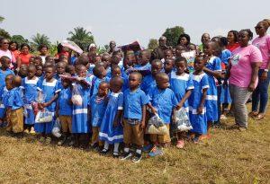 Melong II: Schuluniformausgabe – Schülerauszeichnung – Lebensmittelspenden